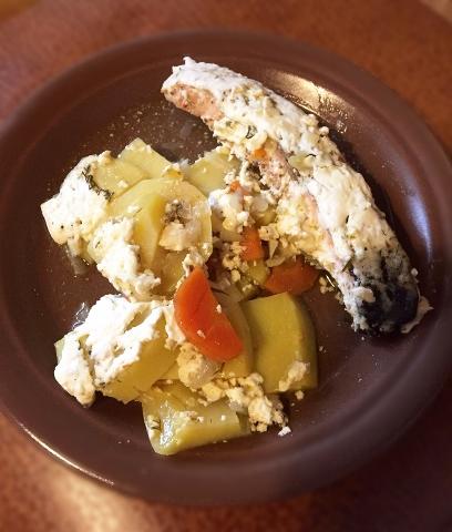Рыбка сметанная с овощами (мультиварка-скороварка Oursson 5015)