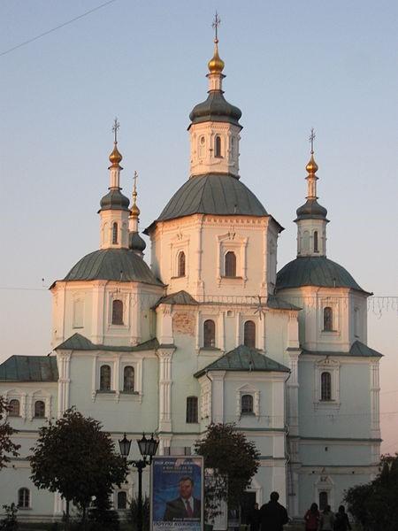Суми. Воскресенський собор (1702). Фото — Користувач IgorT (2009).