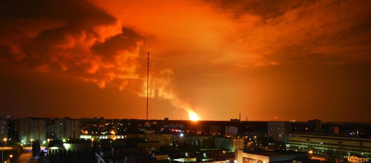 В Калужской области произошел взрыв на газовом объекте.