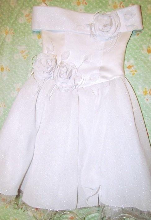 Платья на праздник   663e36bf20a553ab46aee3e5c4836def