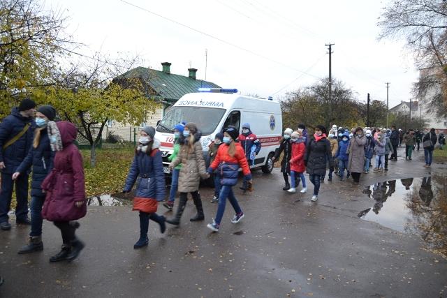 У Вараші та Костополі тренувались ліквідовувати аварії, фото-3