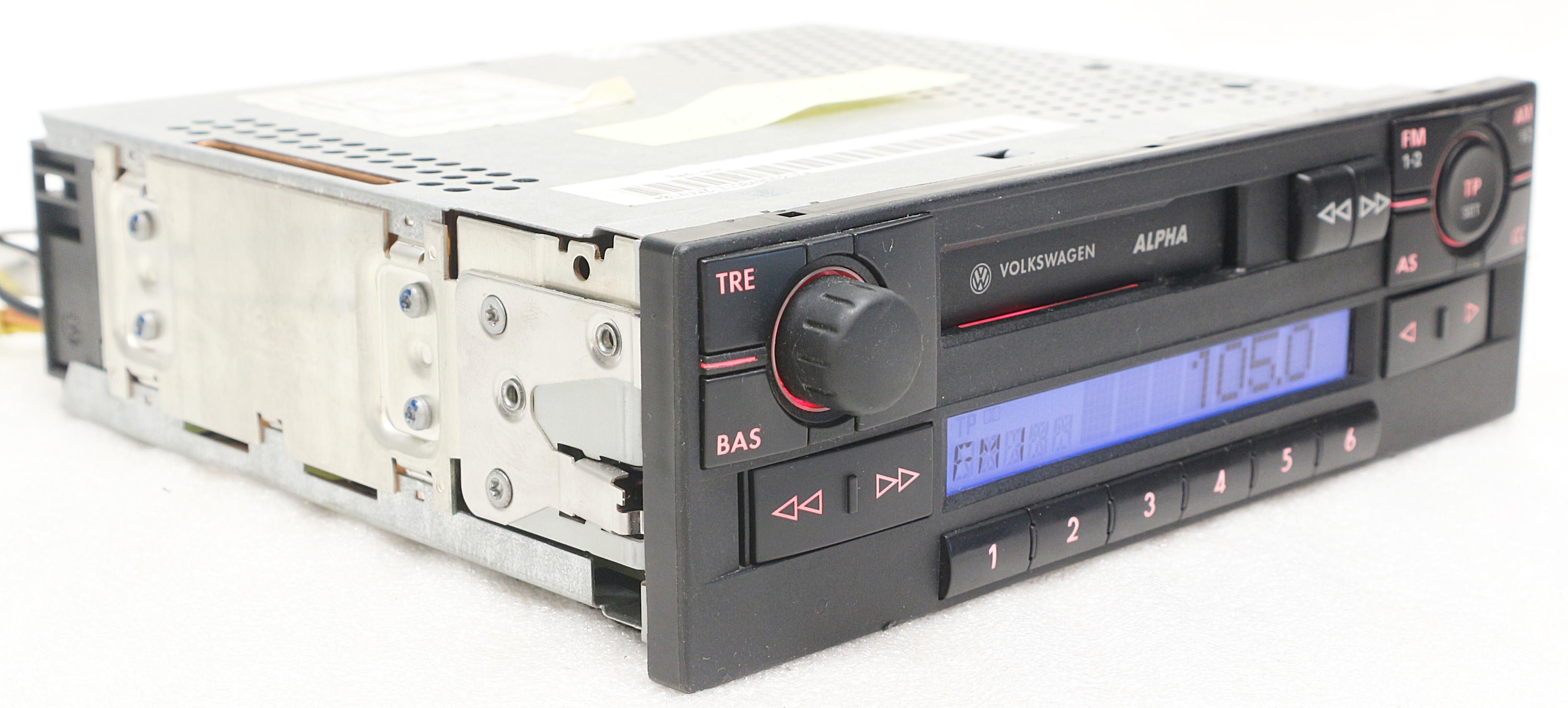 vw alpha 5 lupo polo bvx radio kassette blaupunkt. Black Bedroom Furniture Sets. Home Design Ideas