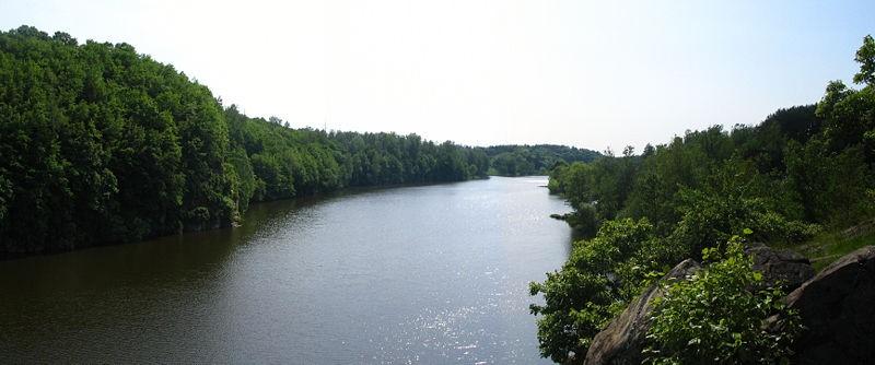 Річка Тетерів у Житомирі. Фото — Texnik (2008).