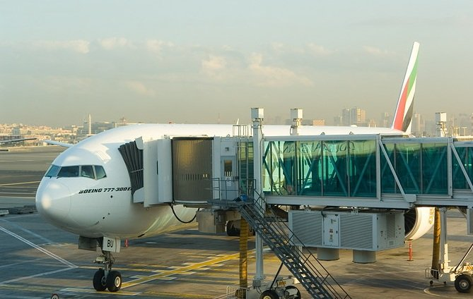 03-Boeing-777-300-plane-at-the-gate.jpg