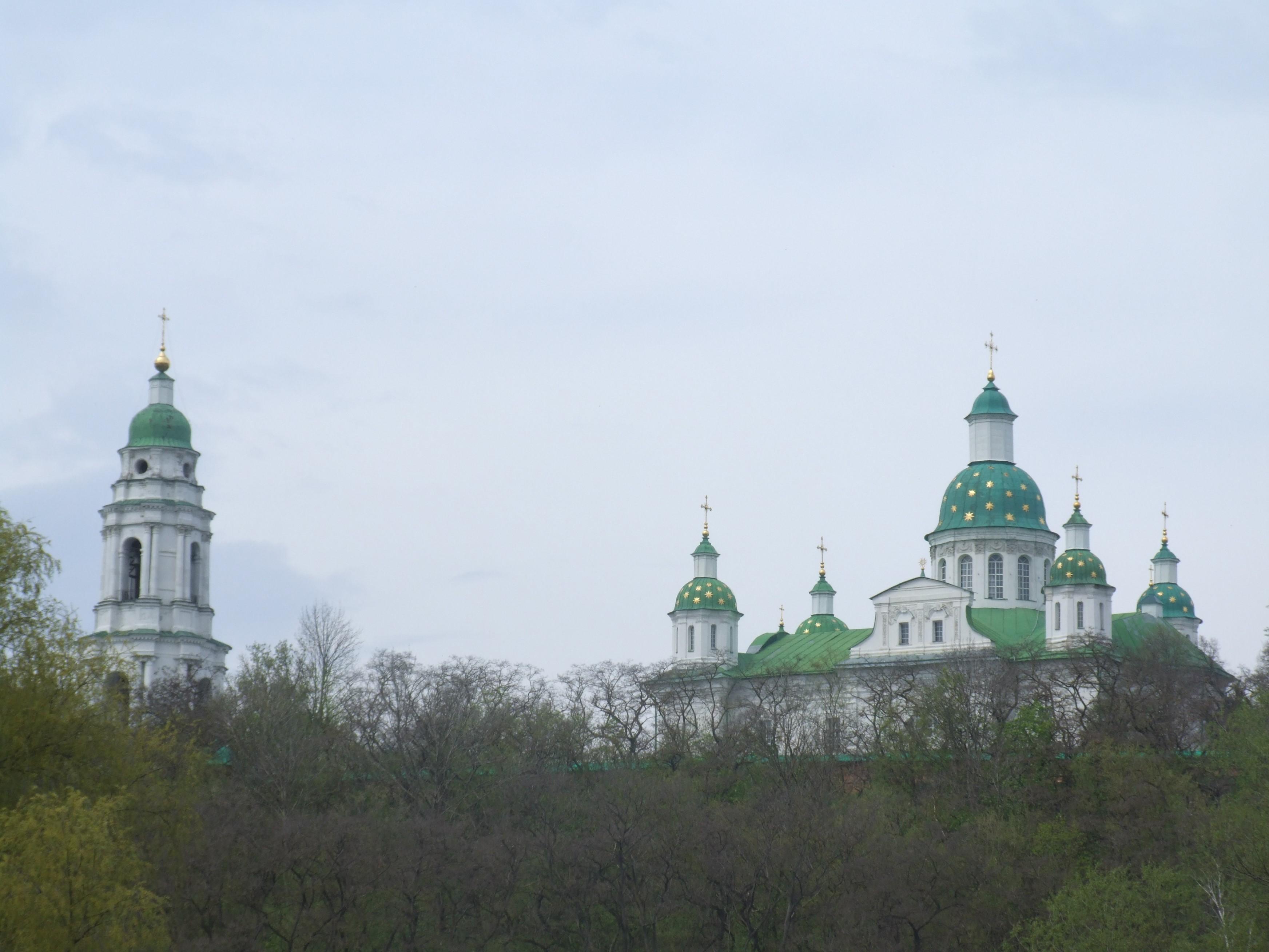 Село Мгар Лубенського району Полтавської області.