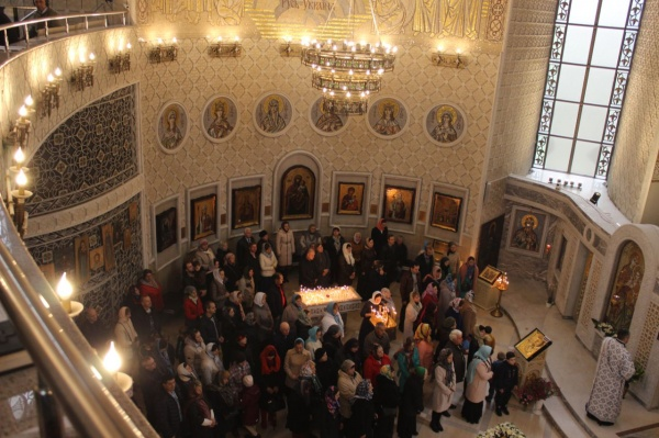 Игорь Лысов поздравил жителей столицы с праздником Покрова Пресвятой Богородицы