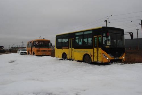 """Автобус """"застрял"""" на трассе"""