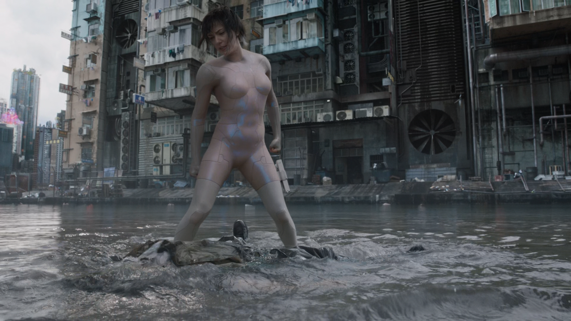 Ghost.in.the.Shell.2017.1080p_HEVCCLUB068937.png