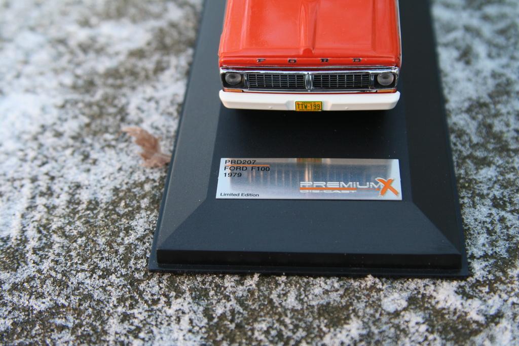 Ford F-100`1979 PremiumX 3.jpg