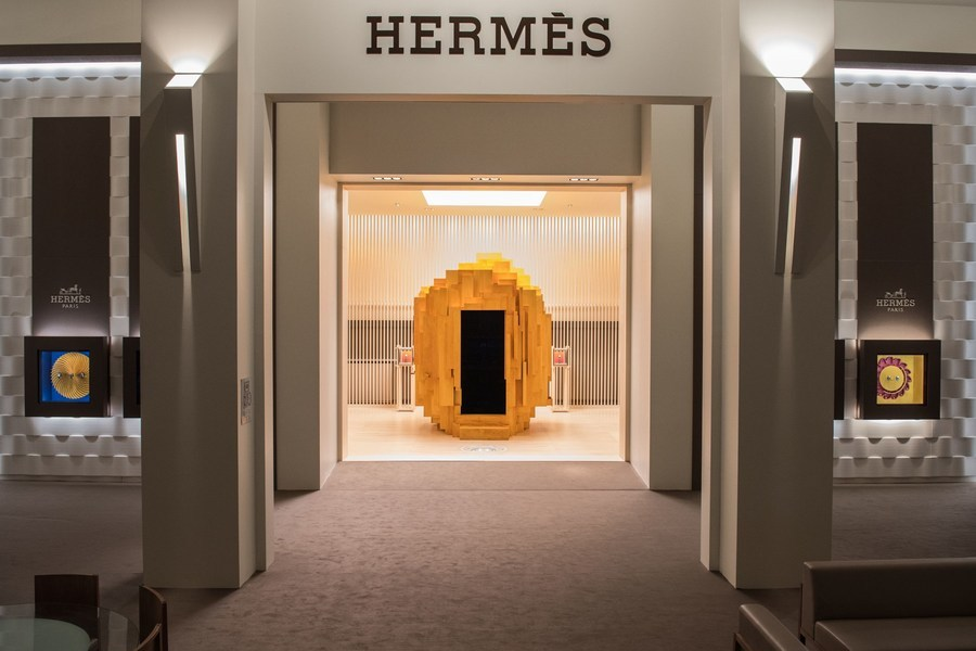 Дом Hermès представлен на выставке Salon International de la Haute Horlogerie (SIHH)