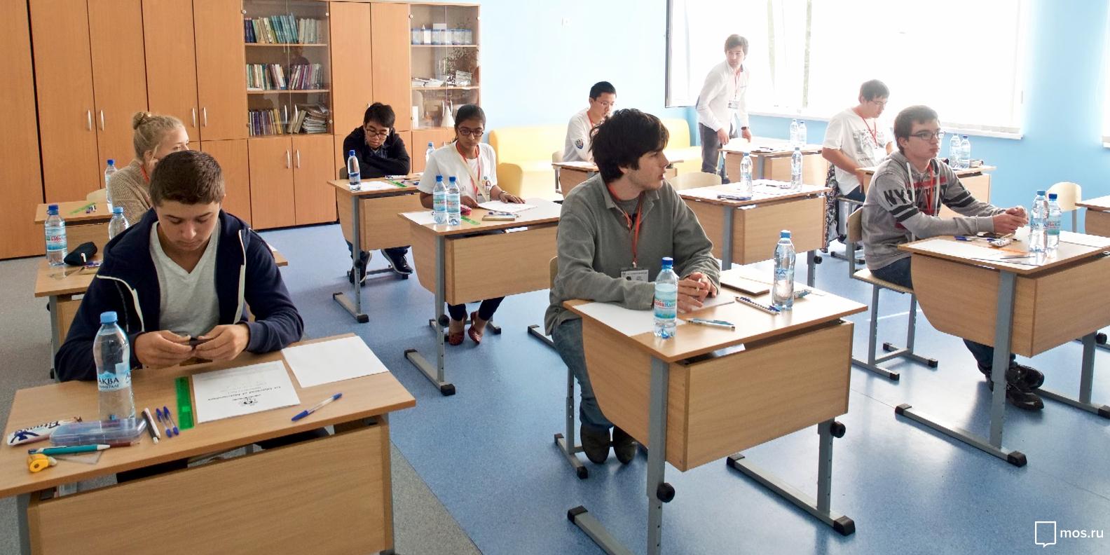 Исаак Калина рассказал об успехах московских школьников в изучении высокотехнологических отраслей