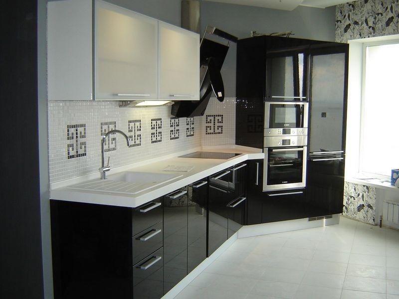 Обзор лучших видов современных кухонных гарнитуров
