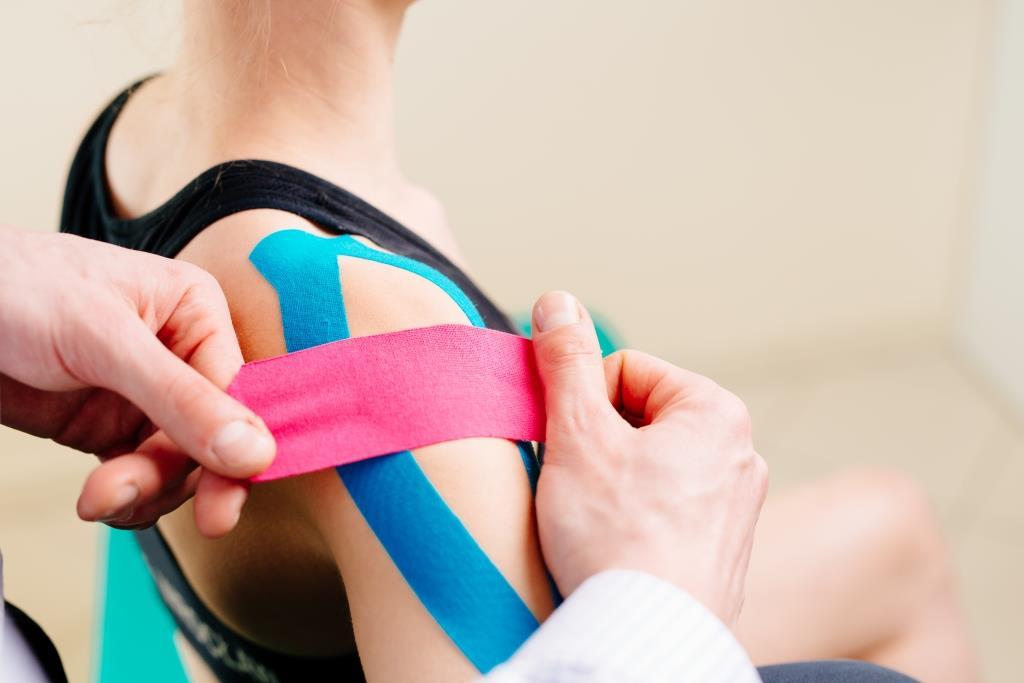 Тейпирование плечевого сустава после вывиха