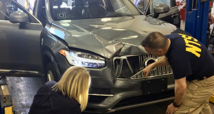 Беспилотник Uber намеренно сбил пешехода [В мире]