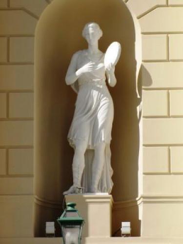 Геленджик музей восковых фигур фото нужно