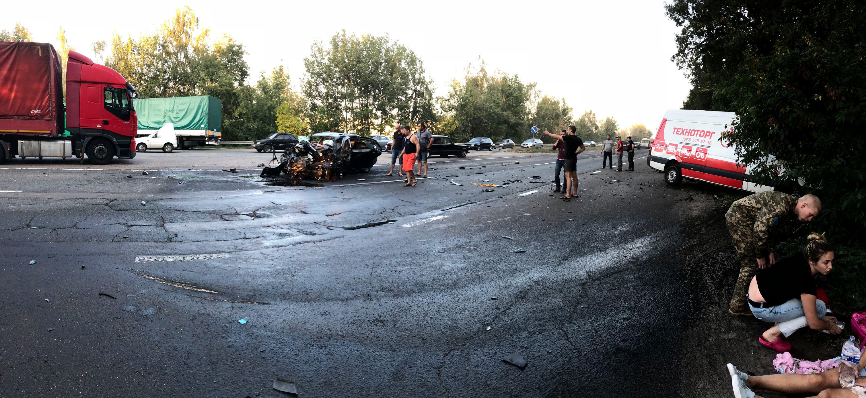 В лобовом столкновении под Броварами пострадали люди (фото), фото-1