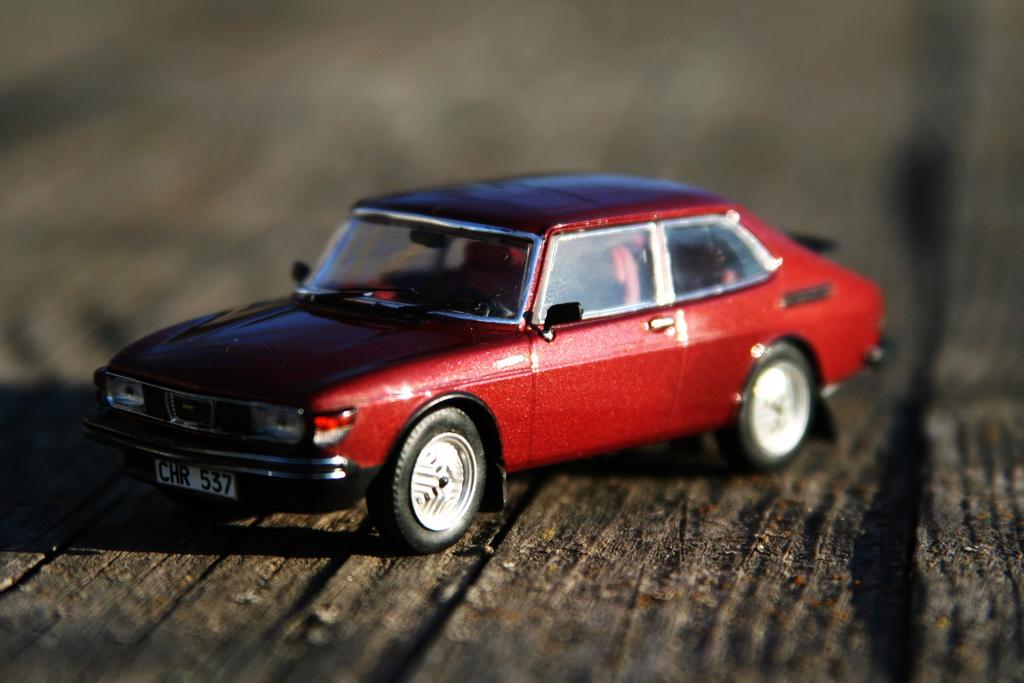 Saab 99 Turbo Combi Coupe '1978–80 PremiumX.jpg