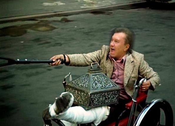 Суд над Януковичем: Президент-утікач не вийшов на відеозв'язок - Цензор.НЕТ 2769