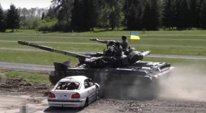 """""""На балансі МВС немає необхідних сертифікованих пристроїв"""", - в Україні припинено евакуацію автомобілів, припаркованих із порушенням правил дорожнього руху - Цензор.НЕТ 320"""