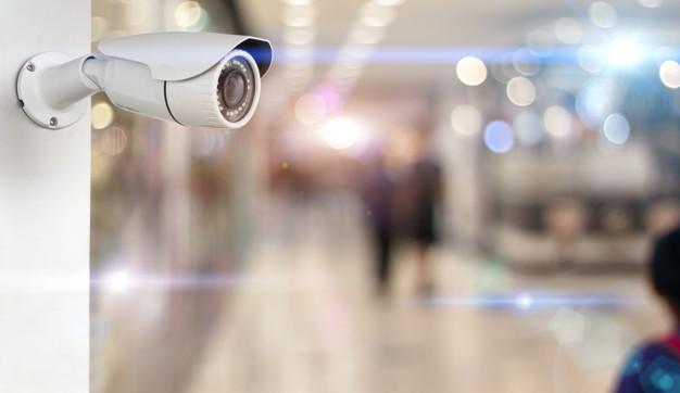 Где покупать видеонаблюдение - магазин или интернет, выбор очевиден