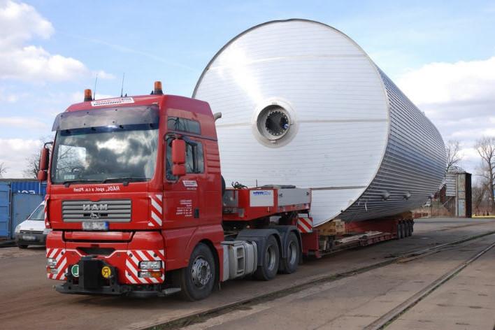 Перевозка негабаритных грузов.jpg