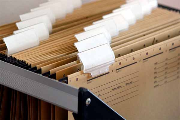 Папки с бумагами.jpg