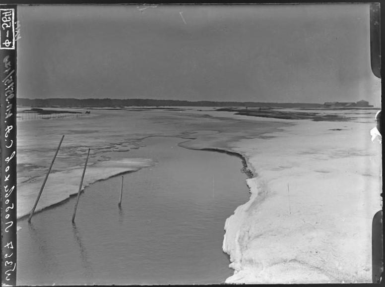 весна таяние льда на реке.jpg