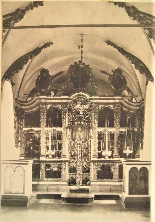 стефановская ц иконостас верхнего храма.jpg