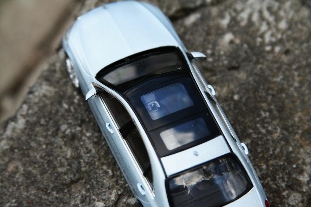 Mercedes-Benz S-Klasse Limousine (W222) '2013 Schuco 5.jpg