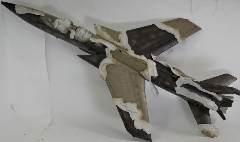 Republic F-105G Wild Weasel. Trumpeter 02202. - Страница 2 48228d52754217c0c09298a75c04e59d