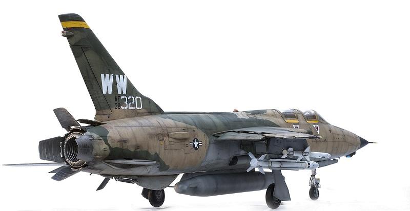 Republic F-105G Wild Weasel. Trumpeter 02202. - Страница 2 E0c88670247d7f46649b6aa4f2800844