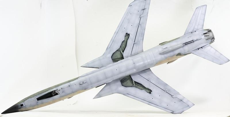 Republic F-105G Wild Weasel. Trumpeter 02202. - Страница 2 F307804c11562def371e059b248dbe96