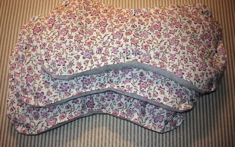 Ортопедическая подушка-косточка своими руками