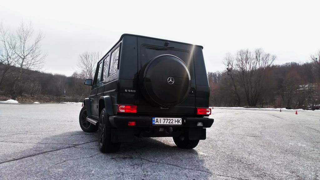 Mercedes-Benz G 500 AT (W463) '2015 3.jpg