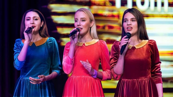 Русскую версию саундтрека представит «Мороз Шоу» на премьере нового фильма о Бонде