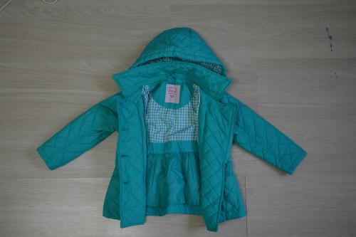Продам верхнюю одежду на осень для девочки (от 3 до 6 лет) F669d012974578c73d9c7cc4c53c77d0