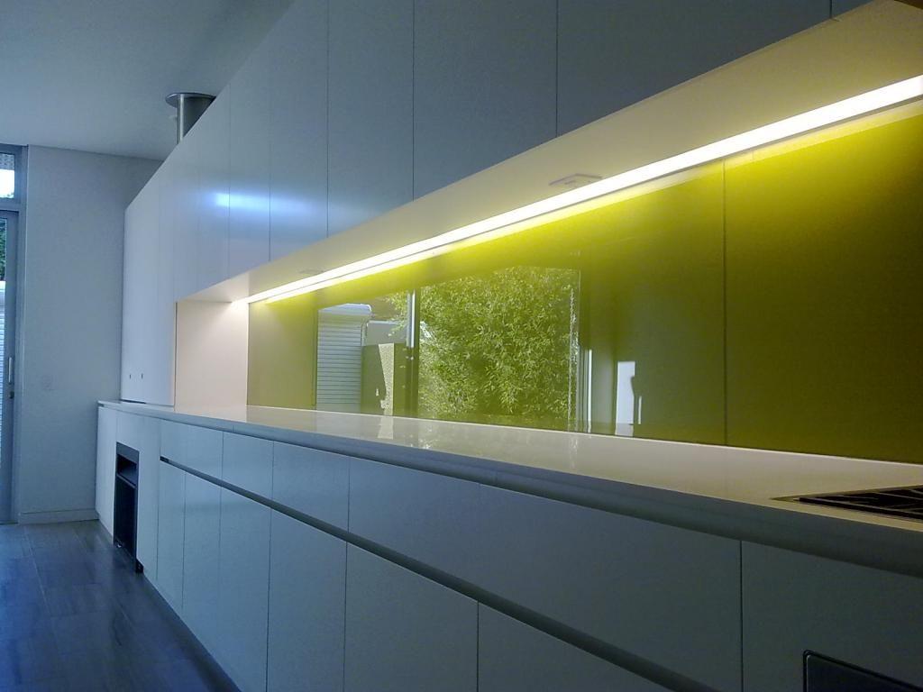 подсветка кухни лентой фото