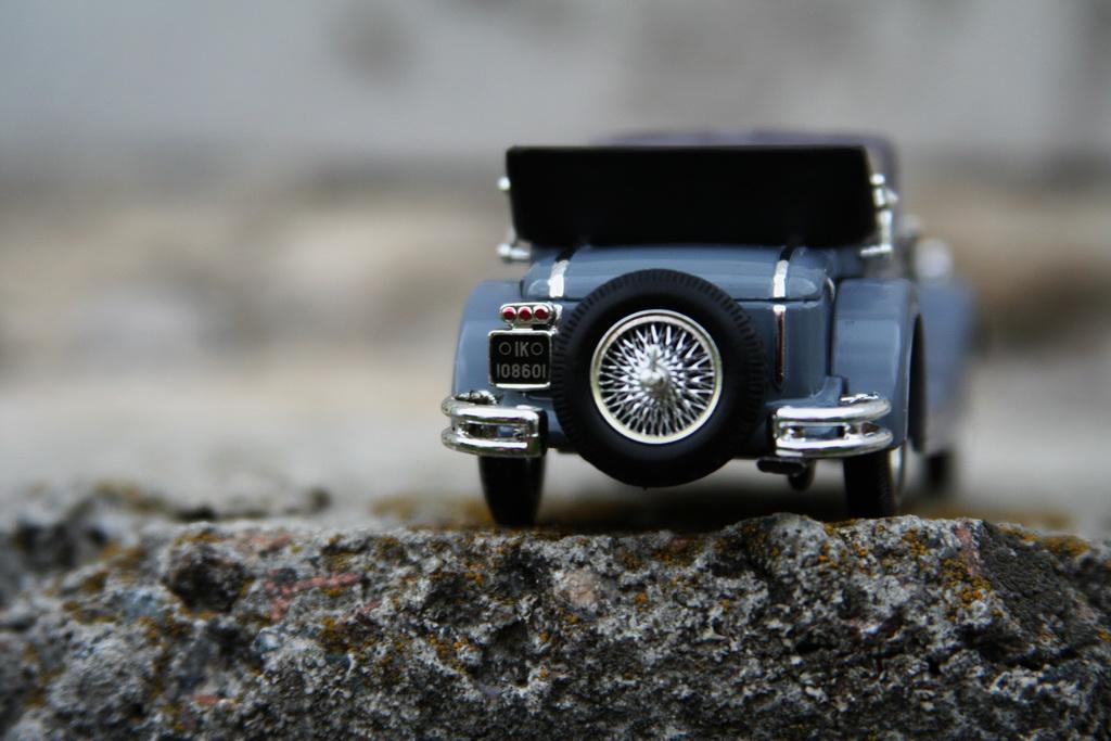 Mercedes-Benz SS (W06) '11.1928–09.1933 ixo 11.jpg