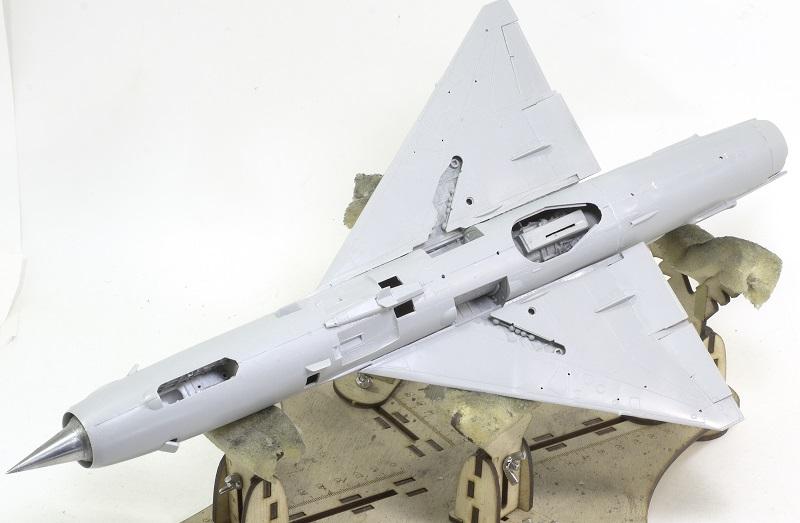 MiG-21МФ 02218 Trumpeter 1/32 Daf704a30a66eaf2051f11366d102d41