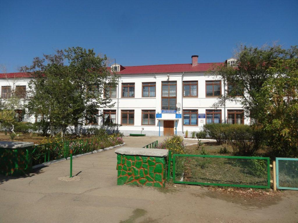 Заводской-Акмолинской-школа.jpg