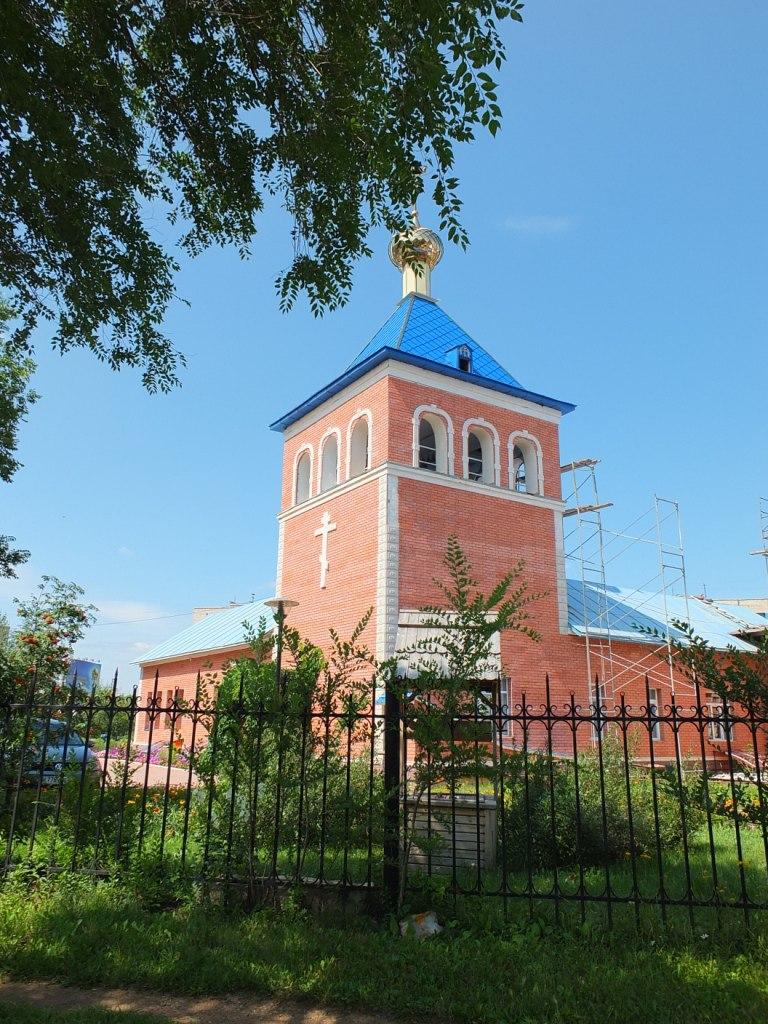 Храм Покрова.jpg