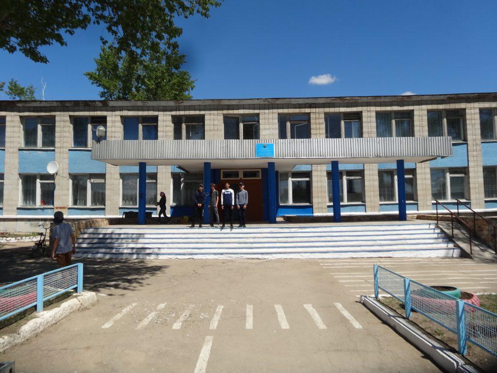 Школа-Карабулака.jpg