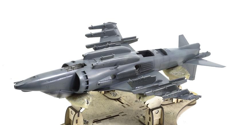 BAe Harrier GR.7 (RAF service) Trumpeter 02287 1/32 238bf71d0c1a045087b4b4967579c53a