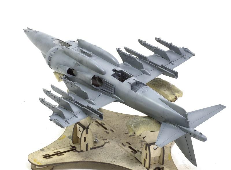 BAe Harrier GR.7 (RAF service) Trumpeter 02287 1/32 378471123a7c91cf543941a4ab9ee8ed