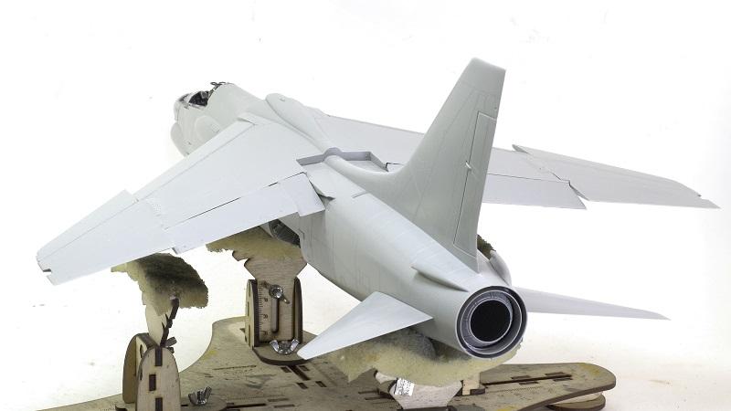 F-8E CRUSADER TRUMPETER 1/32 D5e5657a097fffac4add6db2bfb3817c