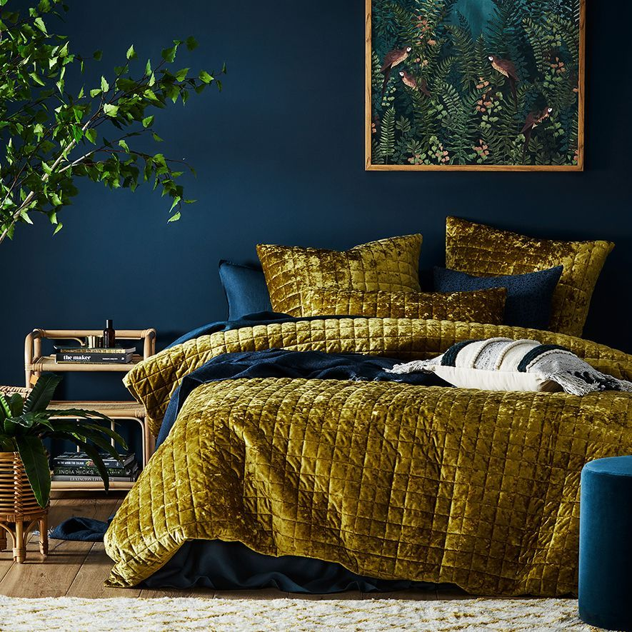 How to Use Chartreuse in Combination with Other Colours - How to Use Chartreuse in Combination with Other Colours - #chartreuse #colours #combination #diybedroomdecor #diyhomedecorlighting #farmhousedecor #other.jpeg
