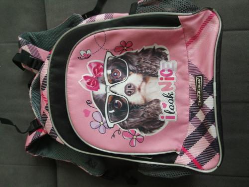 Продам куртки, одежда для школы, солнцезащитны очки,школьный рюкзак 500 руб. C684fa5a526b2cfa2d30680e8d09bec4