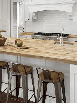 какую столешницу подобрать к белой кухне — столешница  из дерева фото