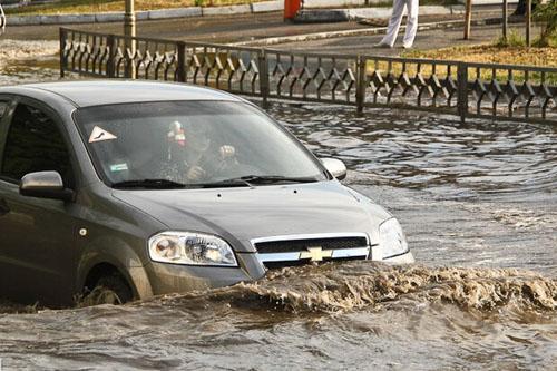 Потоп и массовые избиения. Харьковские хроники