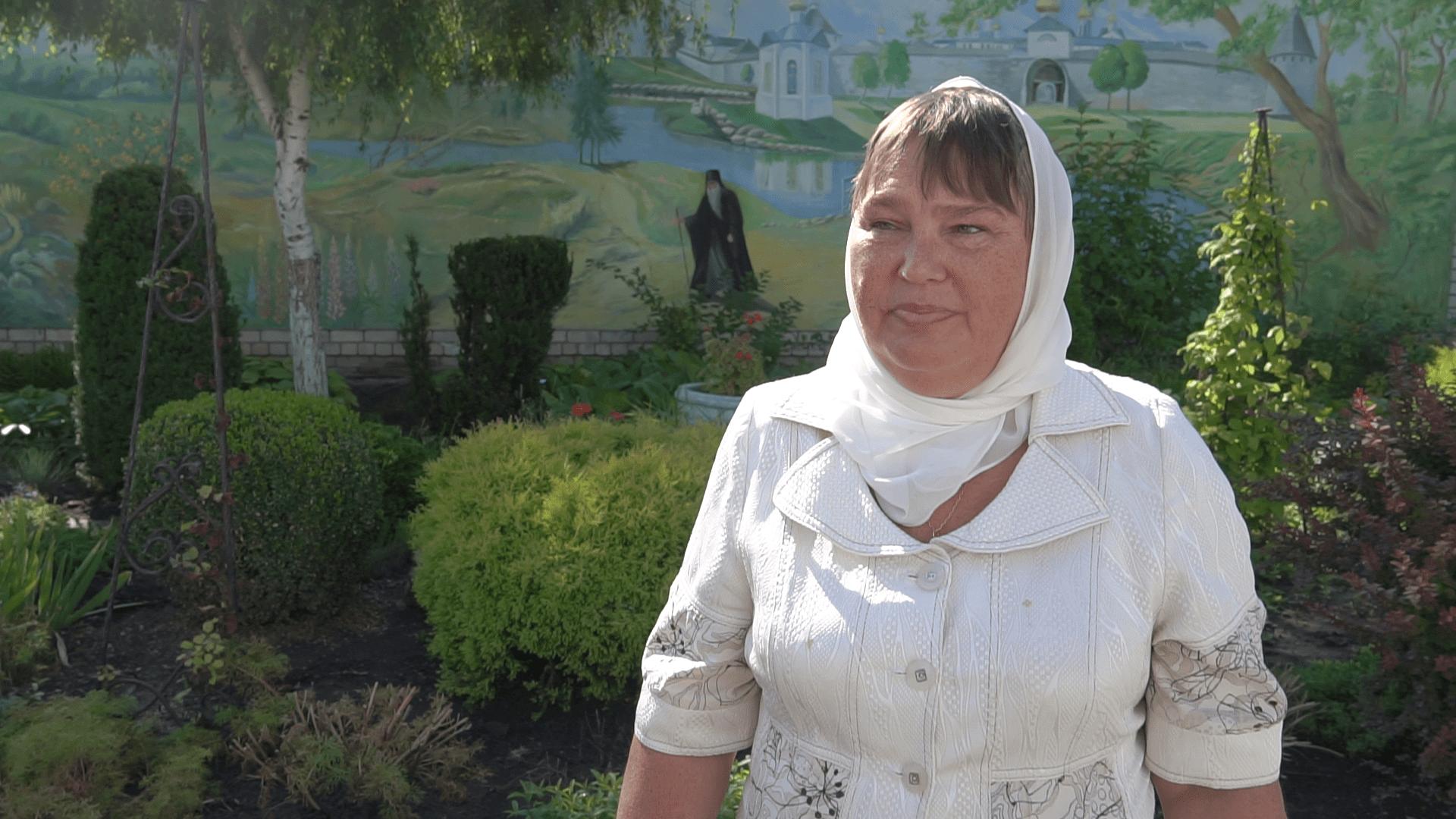 Прихожанка храма Ольга Сухонос.png